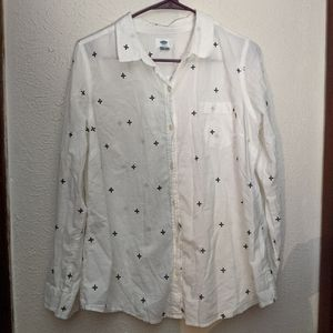 2/$20 Old Navy Button Up White Shirt Black Flowers